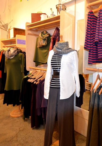 Victoria BC Shop Clothing Woman